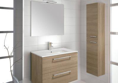 Mueble 70 + lavabo cerámico + espejo + luminaria led 318 €